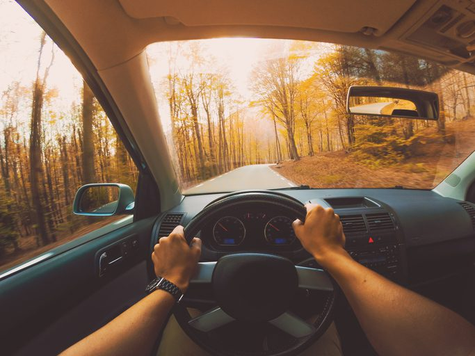 7 Reasons Why Fall Is the Season for Auto Glass Trouble